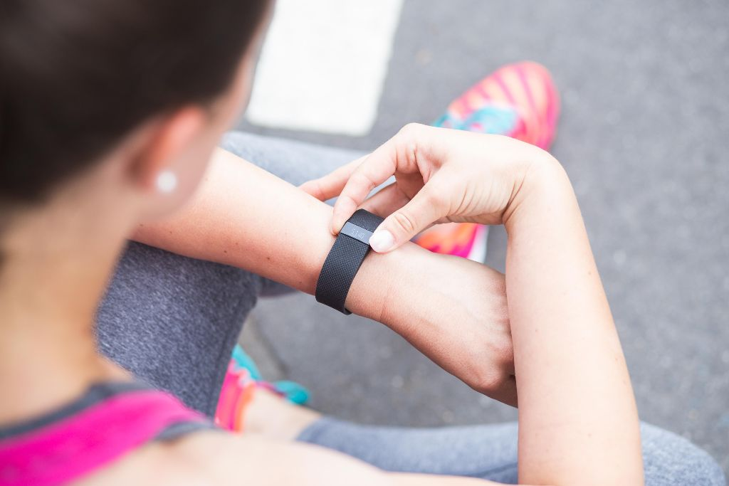 lovetobefit-de tested: Das FitBit Charge HR im Test
