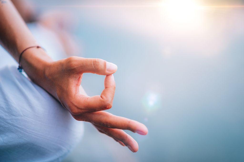 Abnehmen mit Meditation – so geht's!